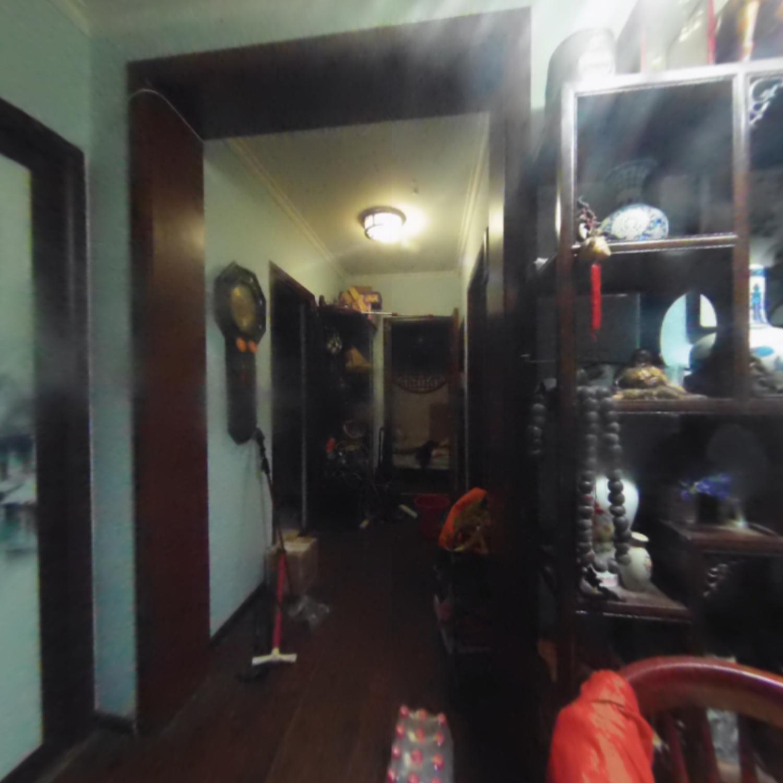 同泽园西里 两居室,安静小区, 精装,房东换房 已看好房