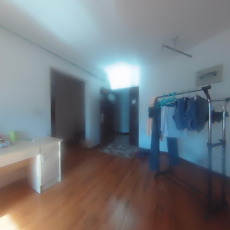 尚峰尚水C区 92平米 9楼 300W报价